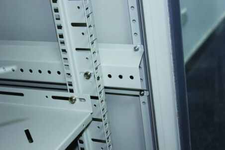 Baie de brassage CAB-400 Series 32U 600 x 600 (gris)